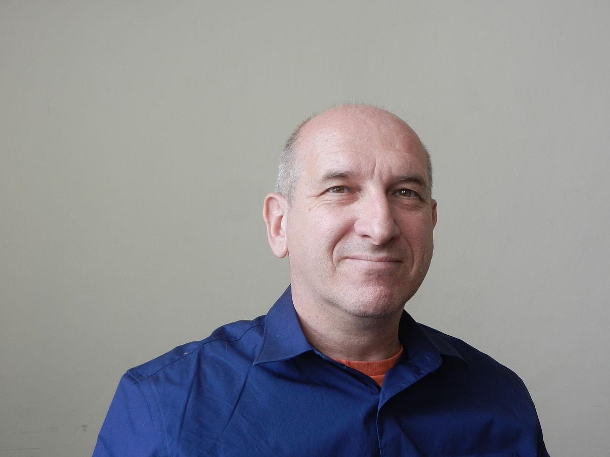 L'économie collaborative pour sortir les classes ouvrière et moyenne du marasme : l'interview de Michel Bauwens